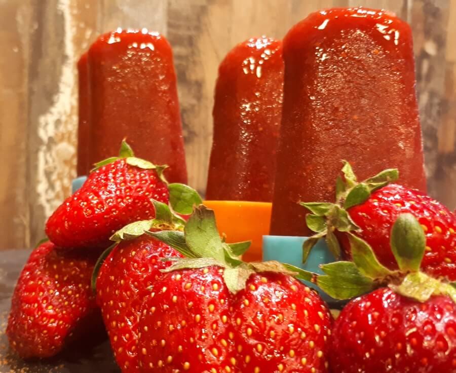 Γρανίτα φράουλα με ζάχαρη καρύδας